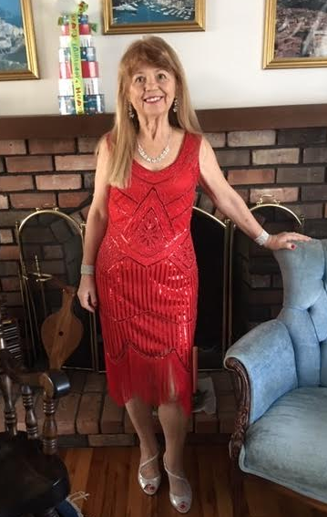My name is Rose Marie Calicchio Dunphy. I was born in Castellaneta, Italy. I came to the United States when I was 10. I now live in Delray Beach Florida. I am a published author of five books, one of which I translated into Italian. The name of my signature book is Orange Peels and Cobblestones. It's Italian equivalent is Ciottoli e Bucce D'Arancia. Grazie mille,  Rose Marie